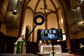 """Sospensione celebrazione Eucaristica """"in forma pubblica"""" fino a nuovo provvedimento del Governo"""